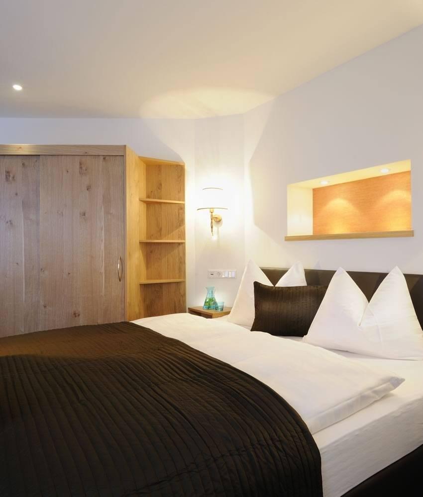 familien-suite-deluxe-schlafzimmer